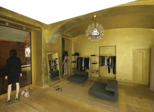 Esempi Arredamento Negozio Abbigliamento: Idee casa arredamento part.